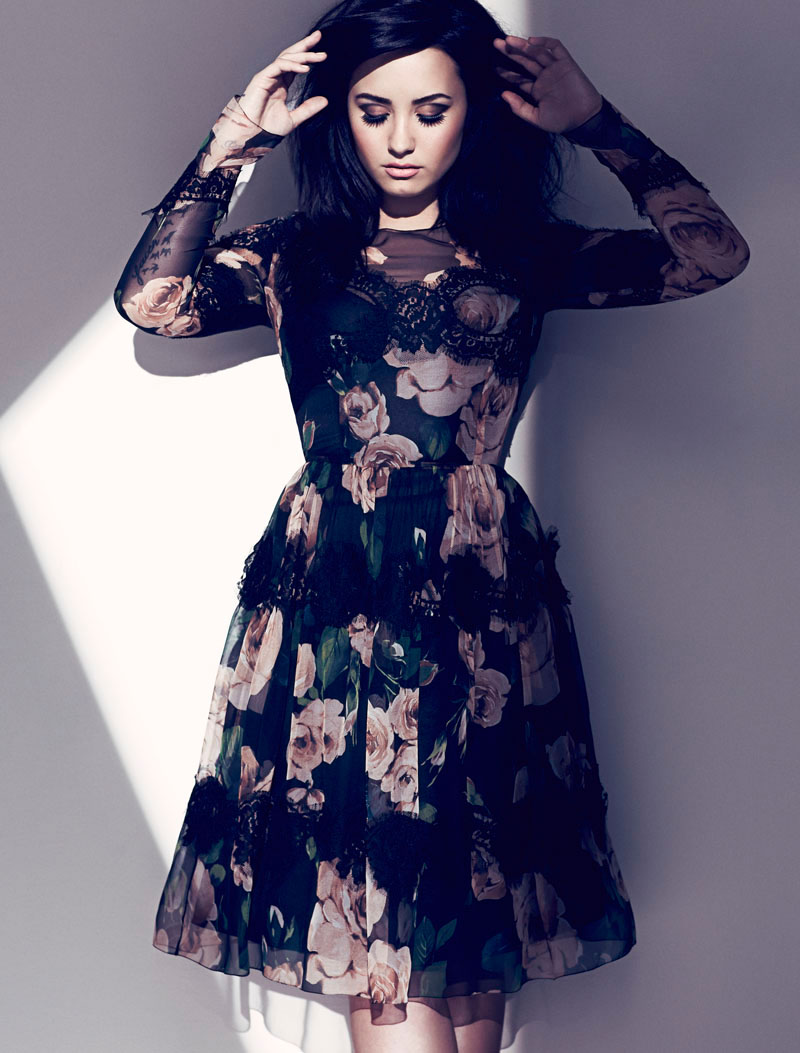WTFSG-demi-lovato-fashion-mag-aug-2013-3