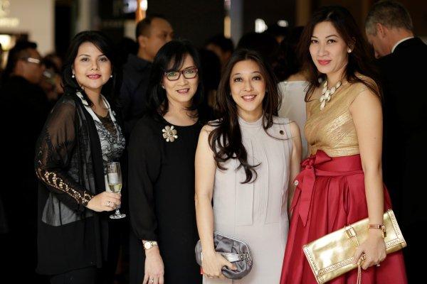 WTFSG-dfs-t-galleria-singapore_Susanti-Nurmalawati_Mira-Wibowo_Nancy-Nendriati-Shrindan_Debbie-Kristyaningsih