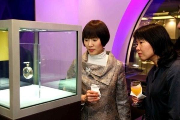 WTFSG-grand-opening-breguet-hong-kong-Jane-Wong-Amy-Lai