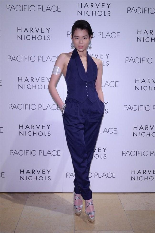 WTFSG-harvey-nichols-spring-summer-2013-my-gallery-my-place-fashion-show-Myolie-Wu