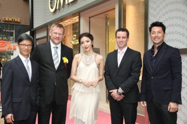 WTFSG-omega-restores-two-boutiques-in-hong-kong-2