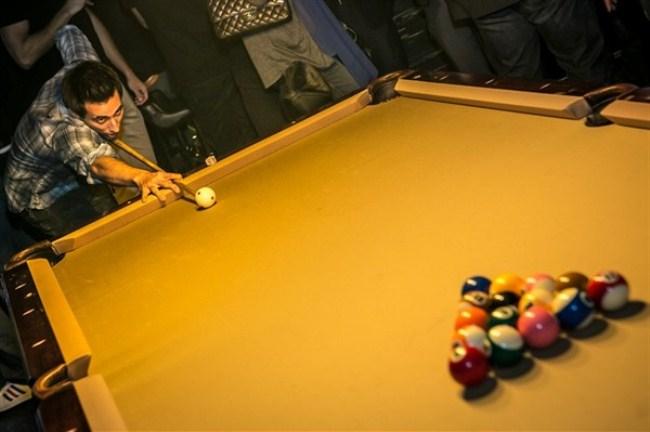 WTFSG-racks-mbd-reopens-hong-kong-pool-table