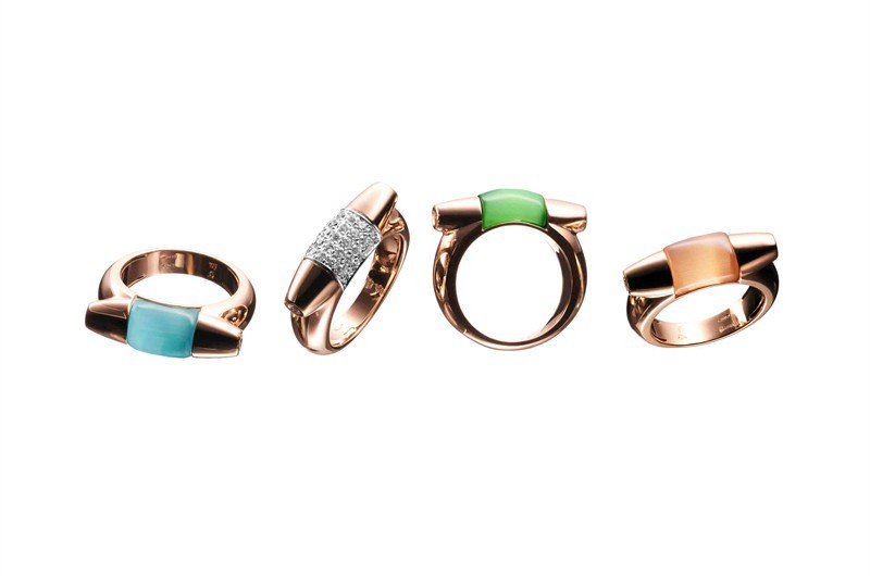 WTFSG-salvatore-ferragamo-gianni-bulgari-fine-jewelry-collection-Gold-rings-Gancino