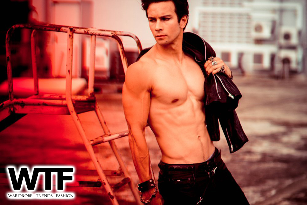 WTFSG-whos-that-hottie-Richard-Herrera-7