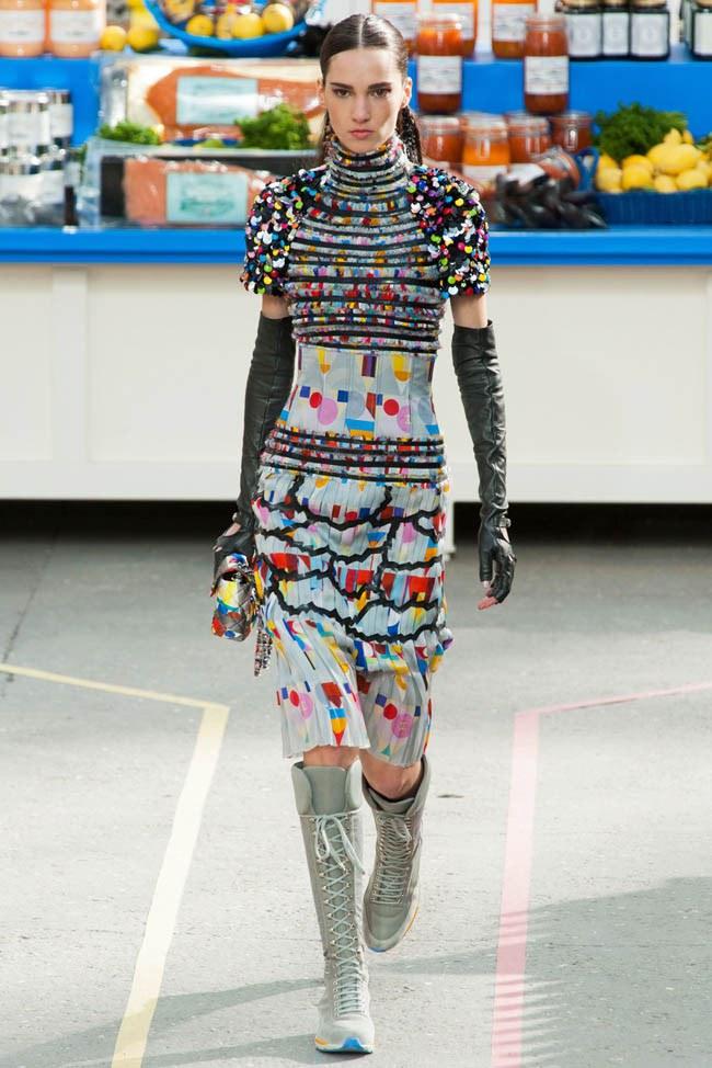 WTFSG_chanel-fall-2014-paris-fashion-week_16