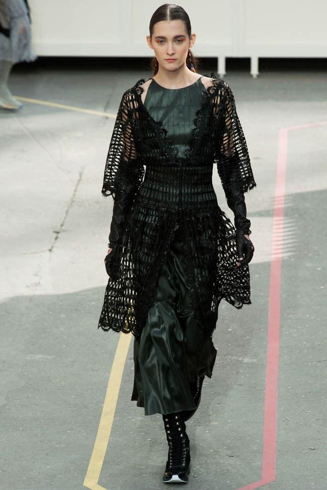 WTFSG_chanel-fall-2014-paris-fashion-week_21