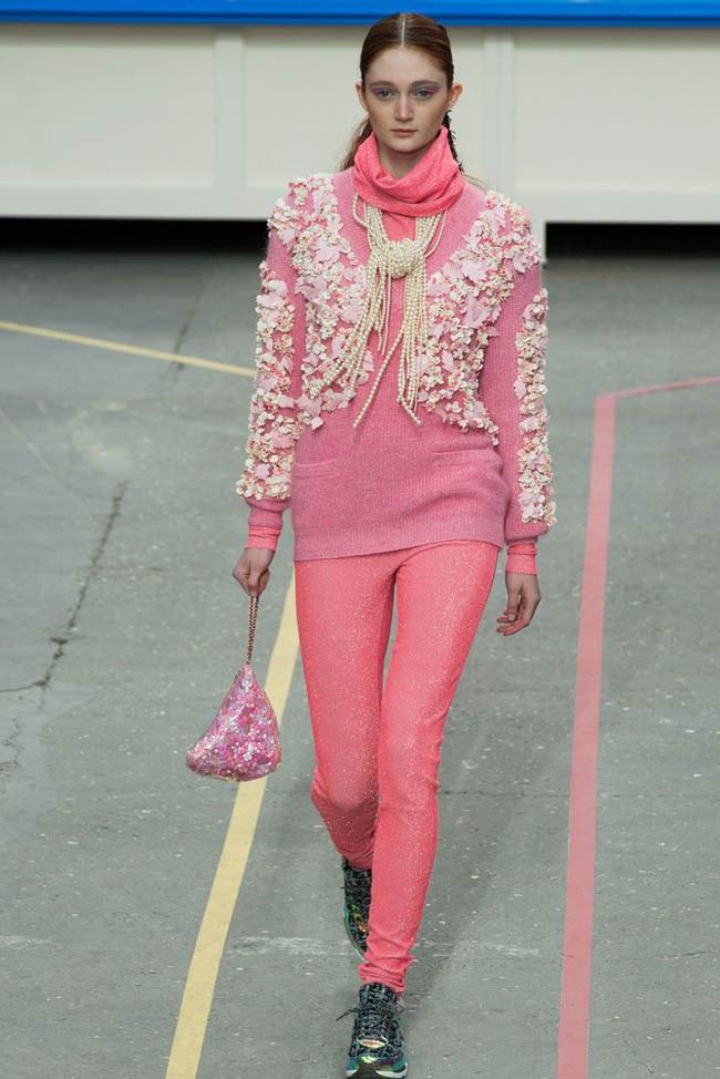 WTFSG_chanel-fall-2014-paris-fashion-week_31