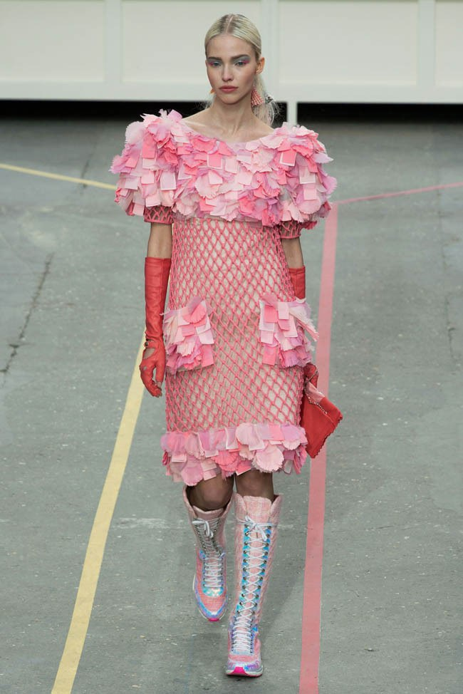 WTFSG_chanel-fall-2014-paris-fashion-week_32