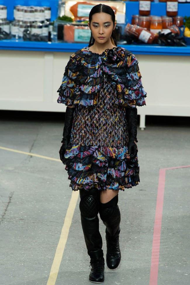WTFSG_chanel-fall-2014-paris-fashion-week_35