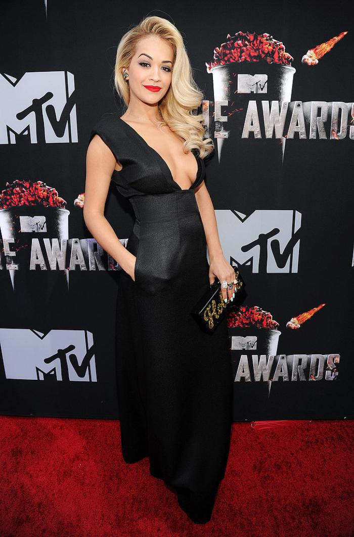 WTFSG-2014-mtv-movie-awards-red-carpet-Rita-Ora