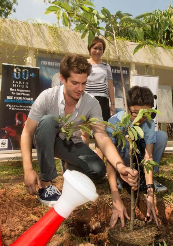 WTFSG-Andrew-Garfield-Spider-Man-Commonwealth-Secondary-School-Singapore-2
