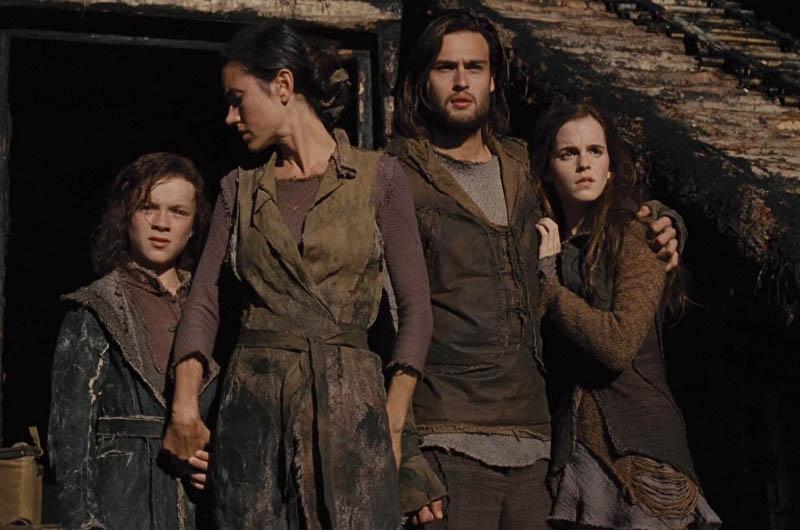 WTFSG-Noah-Jennifer-Connelly-Douglas-Booth-Emma-Watson