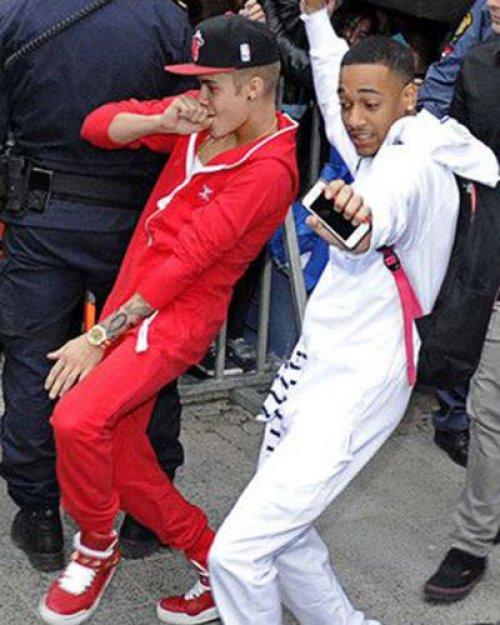 WTFSG-Onesie-Justin-Bieber