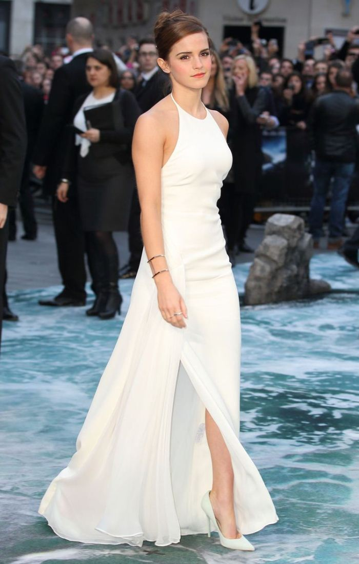 WTFSG-emma-watson-ralph-lauren-dress-noah-premiere-london-4
