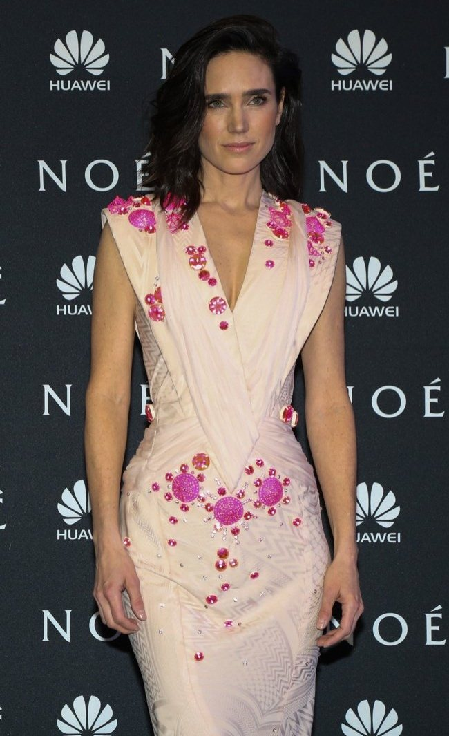 WTFSG-jennifer-connelly-givenchy-couture-noah-premiere-2