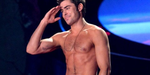 Zac-Efron-Shirtless-2014-MTV-Movie-Awards