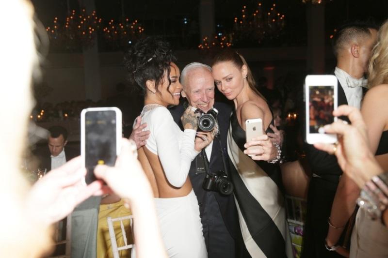 WTFSG-2014-met-gala-inside-party-Rihanna-Bill-Cunningham-Stella-McCartney