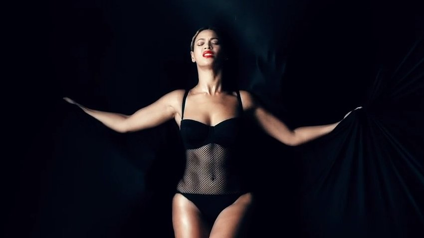 WTFSG-Beyonce-New-Album-Fashion-Credits-Ghost-Seafolly