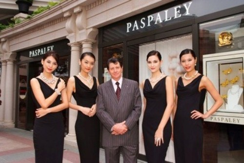 WTFSG-Nicholas-paspaley-hong-kong-boutique-2