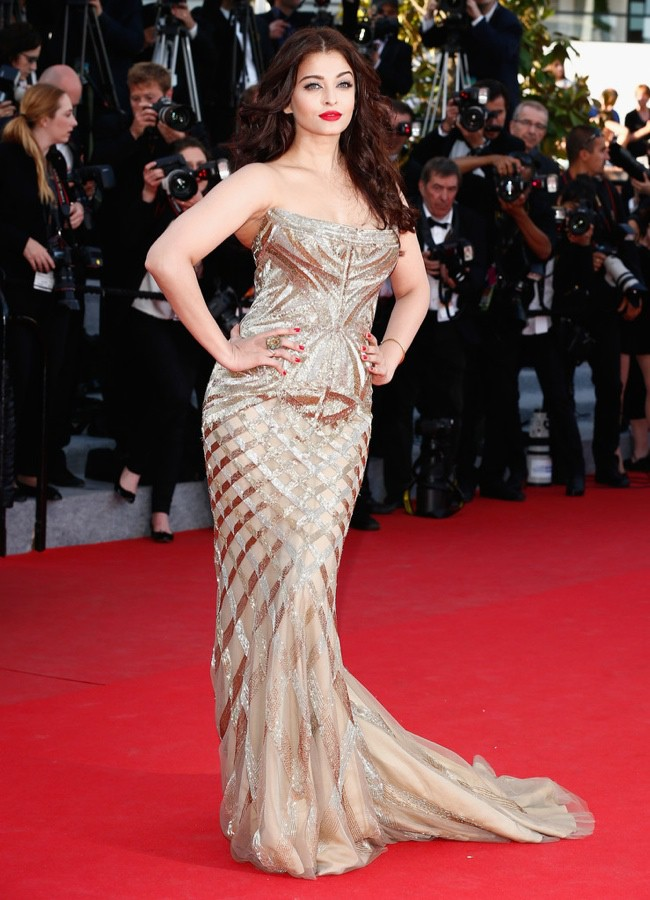 WTFSG-cannes-film-festival-day-7-red-carpet-aishwarya-rai
