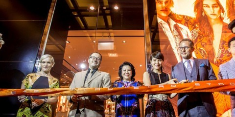 WTFSG-etro-flagship-store-opens-marina-bay-sands_ribbon-cutting