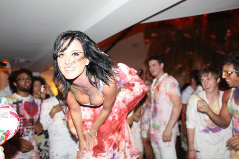 WTFSG-katy-perry-wild-25th-birthday-party-4