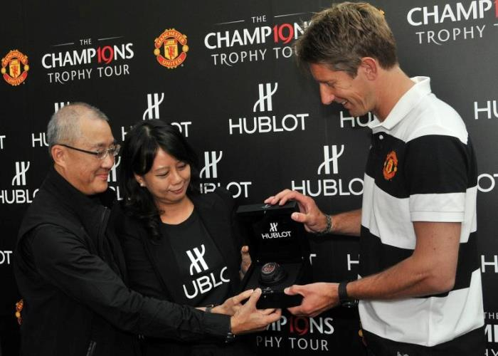WTFSG-manchester-united-champions-trophy-tour-hublot-king-power-red-devil-singapore-5