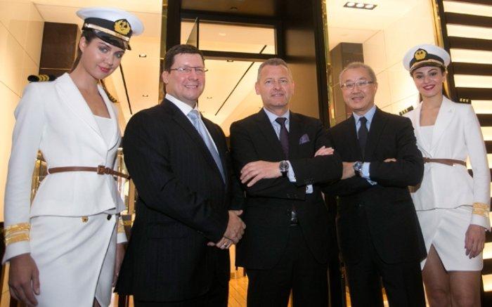 WTFSG-ulysse-nardin-first-flagship-boutique-opening-singapore-John-Postle_Patrik-Hoffmann_Kenny-Chan