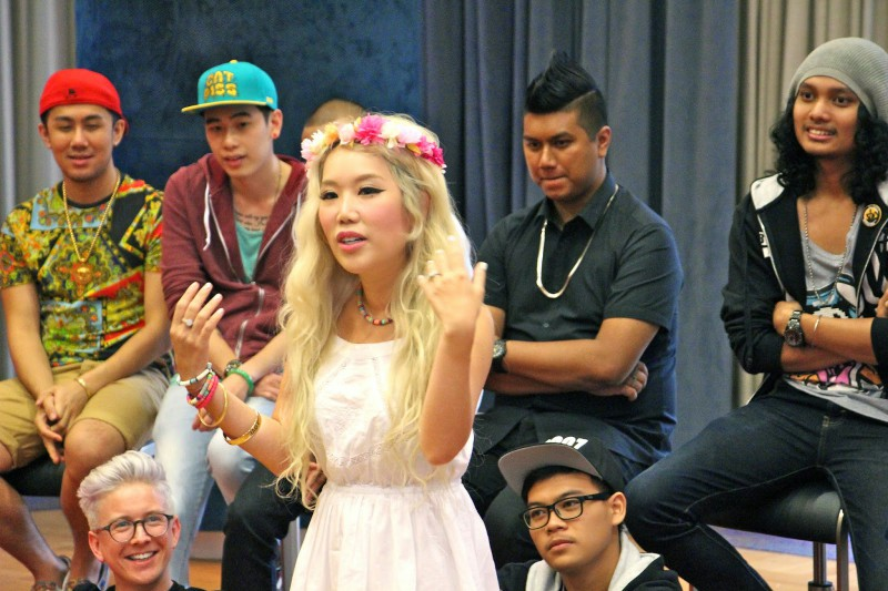 WTFSG-youtube-fanfest-with-hp-singapore-may-2014-XiaXue