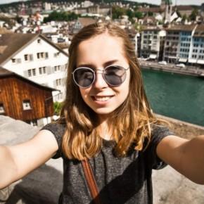 WTFSG-zappos-stylist-tips-based-on-instagram-selfies