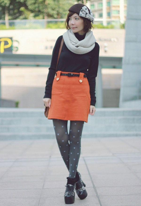 WTFSG-2012-top-10-fashion-bloggers-southeast-asia_Prisca-E_Mochaccino-Land
