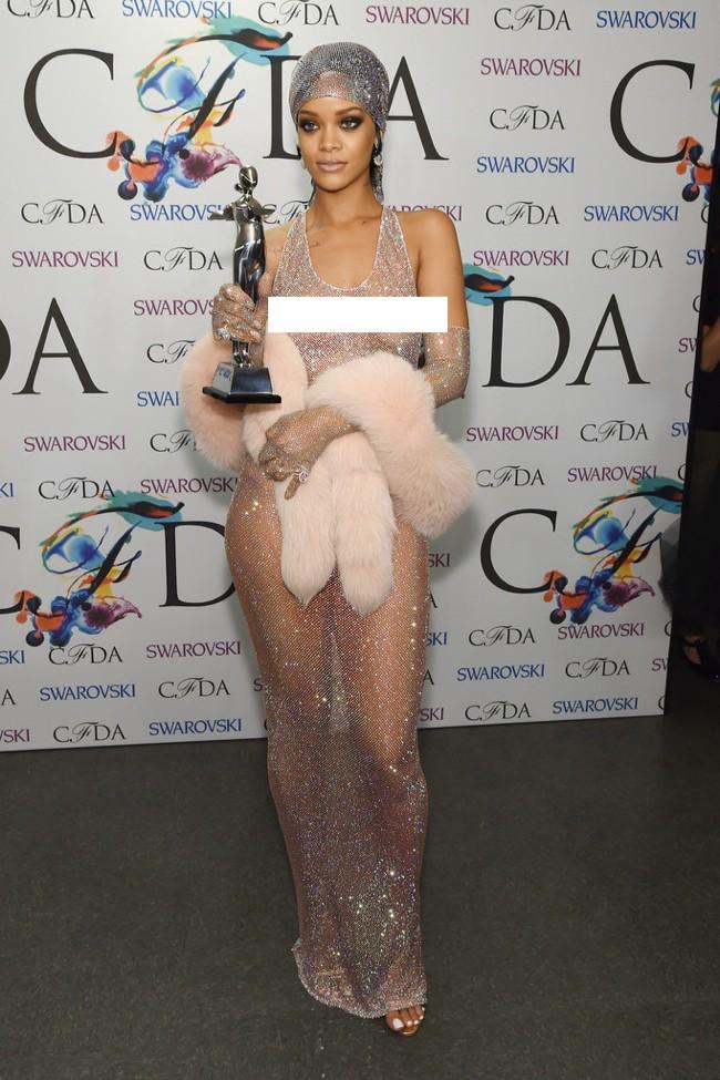 WTFSG-2014-cfda-fashion-awards-rihanna-adam-selman