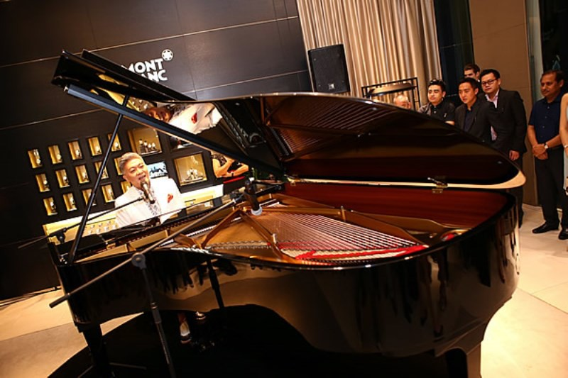 WTFSG-montblanc-introduces-patron-of-art-edition-henry-e-steinway-2014-collection_Dick-Lee