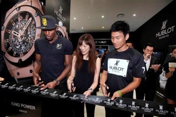 WTFSG-usain-bolt-korea-first-hublot-store-opening-1