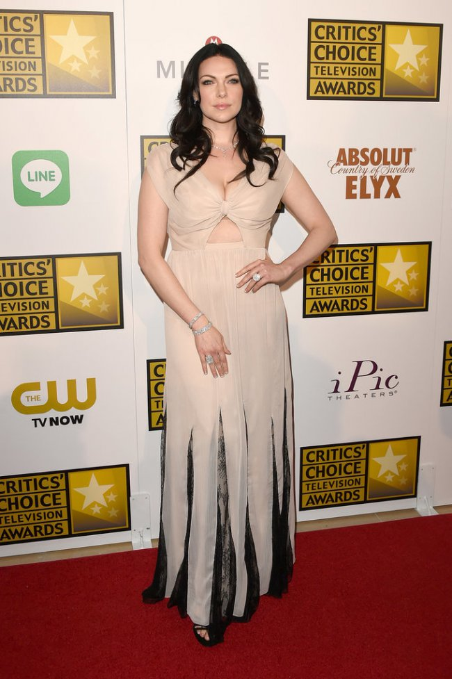 WTFSG_2014-critics-choice-tv-awards-red-carpet_Laura-Prepon