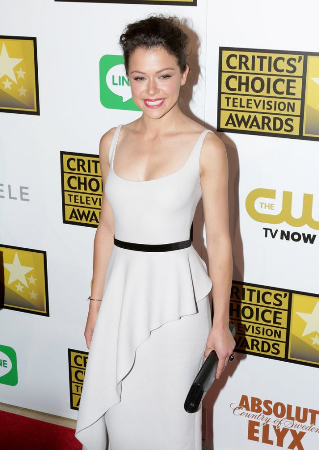 WTFSG_2014-critics-choice-tv-awards-red-carpet_Tatiana-Maslany
