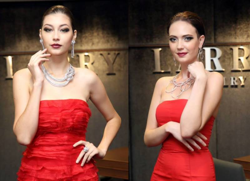 WTFSG_Larry-Jewelry_Barney-Cheng_models