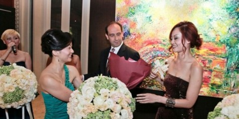 WTFSG_beautiful-love-art-exhibition-fullerton-hotel-singapore_1