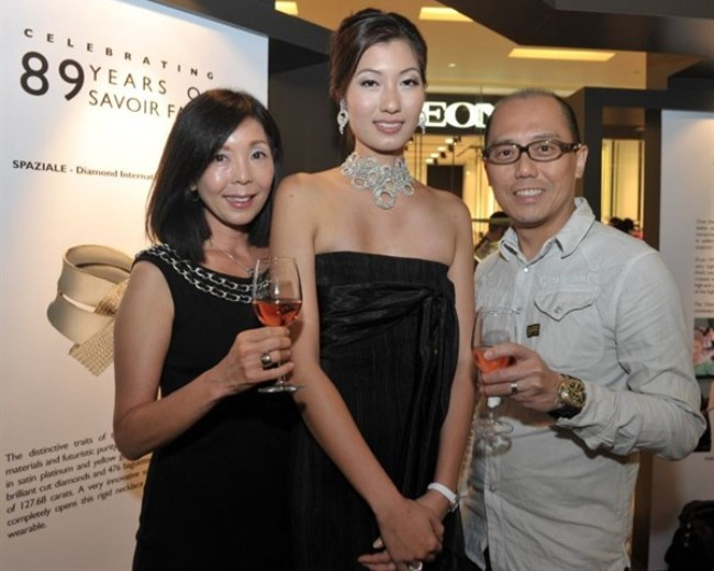 WTFSG_damiani-first-exhibition-asia-scotts-square-singapore_2