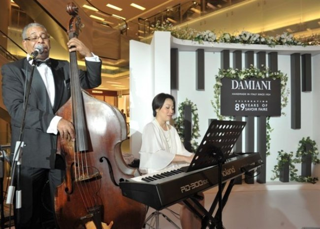 WTFSG_damiani-first-exhibition-asia-scotts-square-singapore_7