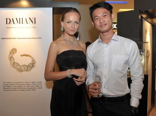 WTFSG_damiani-first-exhibition-asia-scotts-square-singapore_8