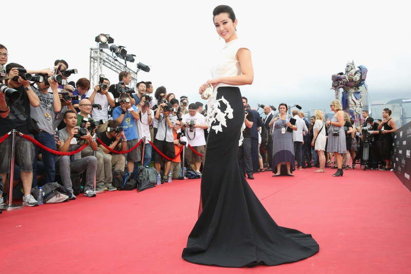 WTFSG_hollywood-stars-hong-kong-transformers-premiere_Li-Bing-Bing