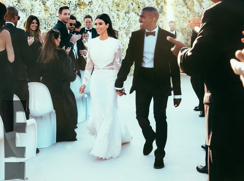 WTFSG_kim-kardashian-wedding-dress-kanye-west