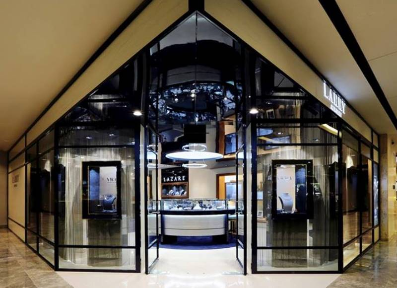 WTFSG_larry-jewelry-re-opens-paragon-flagship-store-in-singapore