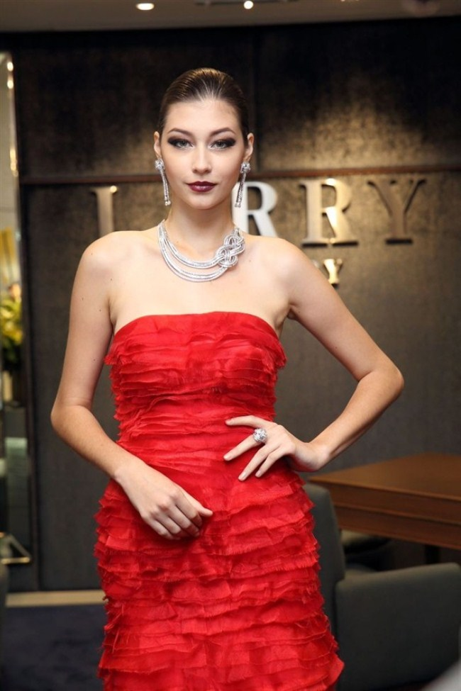 WTFSG_larry-jewelry-reopening-paragon-singapore_1