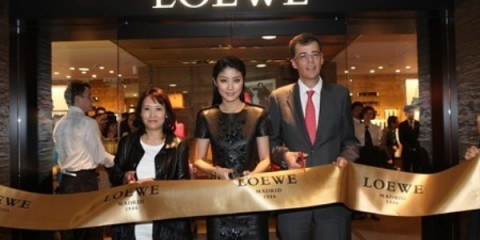 WTFSG_loewe-hk-reopens-in-harbour-city_Sophia-Tong_Kelly-Chen_Guillaume-Thery