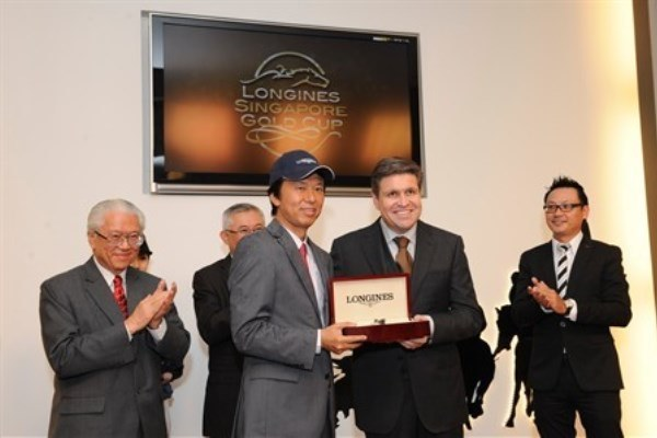 WTFSG_longines-singapore-gold-cup-2011_Juan-Carlos-Capelli_Masa-Otani
