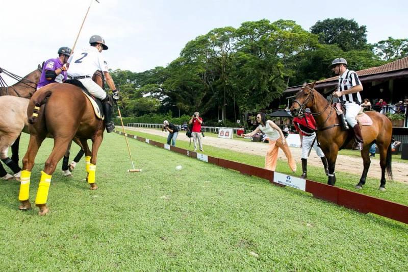 WTFSG_polo-singapore-open-2013_Throw-in-start