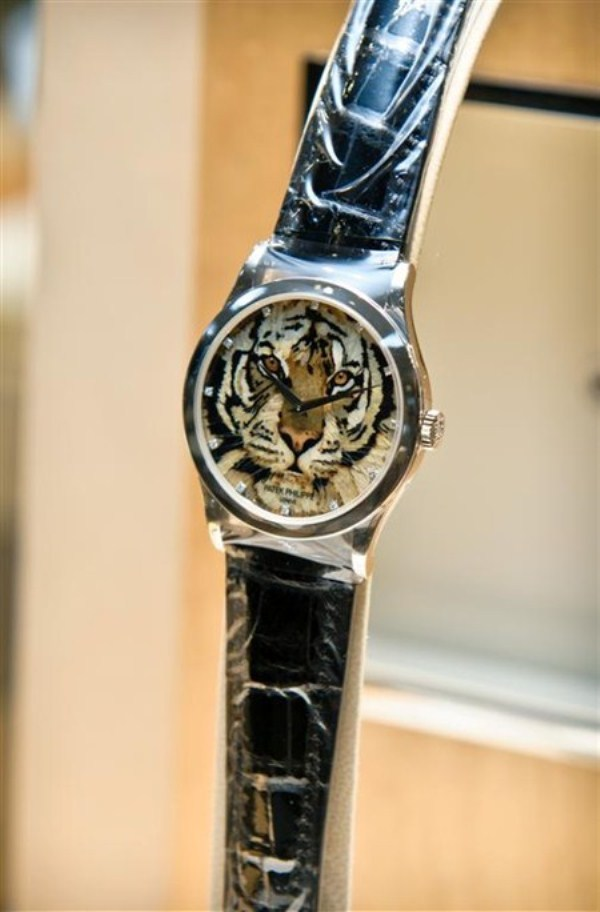WTFSG_sincere-singapore_patek-philippe_Tiger-Marquetry_1
