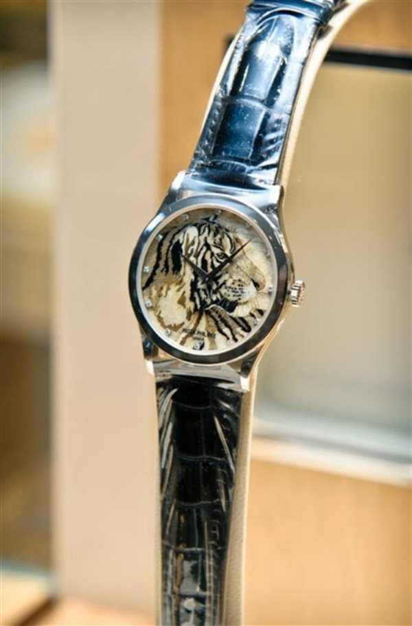 WTFSG_sincere-singapore_patek-philippe_Tiger-Marquetry_3